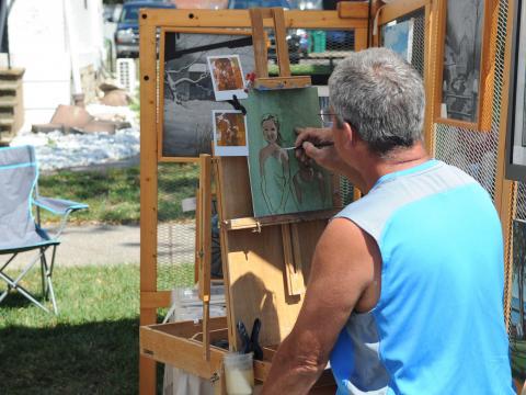 Un pintor en Allentown Art Festival