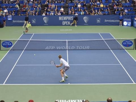Un emocionante partido en Memphis Open