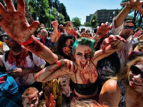 Contagiándose del espíritu en el Zombiefest
