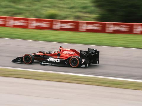 Un competidor en el Honda Indy Grand Prix