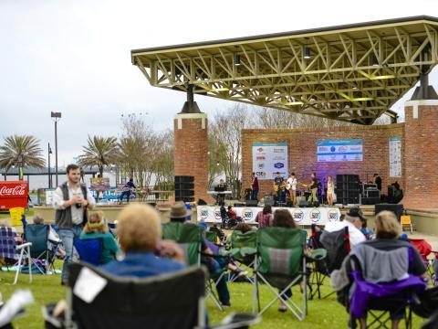 Disfruta de música en vivo en Lake Charles durante el evento Live at the Lakefront